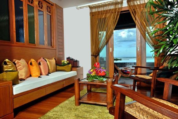 Samui Beach Village honeymoon suit